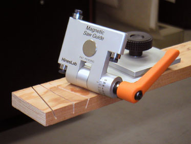 Magnetic-Saw-Guide-02-373p