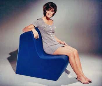 Hines-design-foam-chair